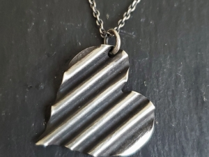 sterling silver pendant necklace pendant corrugated heart