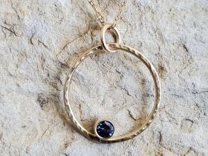 14k Yellow Gold Ceylon Blue Sapphire pendant, Circle pendant, 3.0 mm sapphire, Circle Spinner, Bezel Set