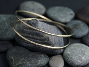 Hammered 14k Yellow Gold Infinity Bangle, Solid Gold Bangle, Handmade Bracelet, Hammered Bangle, Ready to Ship Bracelet