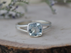 Cushion Cut Aquamarine Split Shank Ring, Sterling Silver Split Band, 7mm Cushion Cut Aquamarine, March Birthstone, Ready to Ship Size 6.75