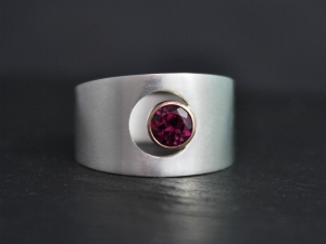 5mm Rhodolite Garnet Moon Ring, 14k Rose Gold and Sterling Silver Ring, Sun and Crescent Moon, Wide Tapered Ring, Bezel, Ready to Ship
