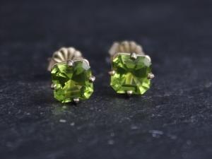Asscher Cut Peridot 14k Yellow Gold Stud Earrings, 6mm Peridot Studs, August Birthstone Earrings, Big Gemstone Studs, Ready to Ship Earrings