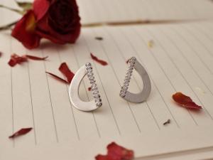 14k White Gold Diamond Earrings, One of a Kind, Drop Earrings, Bridal Jewelry, Ready to Ship