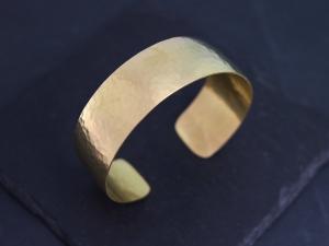 Hammered 18k Yellow Gold Cuff Bracelet, Handmade Yellow Gold Bracelet, Wide Cuff, Solid 18k Yellow Gold Cuff Bracelet, Made to order