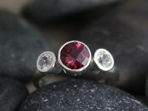Bezel Set Three Stone Ring // Garnet White Topaz // Sterling Silver Three Stone Ring // Past Present Future Ring // Ready to Ship Size 7