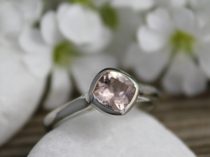 14k White Gold Morganite Ring // Cushion Gemstone Ring // Alternative Engagement Ring // Eco-Friendly // Made to order