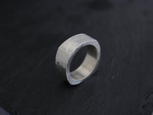 Hammered Silver Square Wedding Band, Heavy Men's Band Ring, 10mm Wide Band, Men's Wedding Band, Heavy Duty Ring, Chunky ring, Made to Order