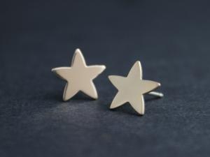 14k Yellow Gold Star Stud Earrings - Simple Minimalist Stud Earrings - Stacking Earrings - Ready to Ship