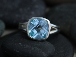 Sterling Silver Bezel Set Sky Blue Topaz Ring, 9mm Square Blue Topaz Ring, split shank ring, silver statement ring, non-traditional engagement ring,